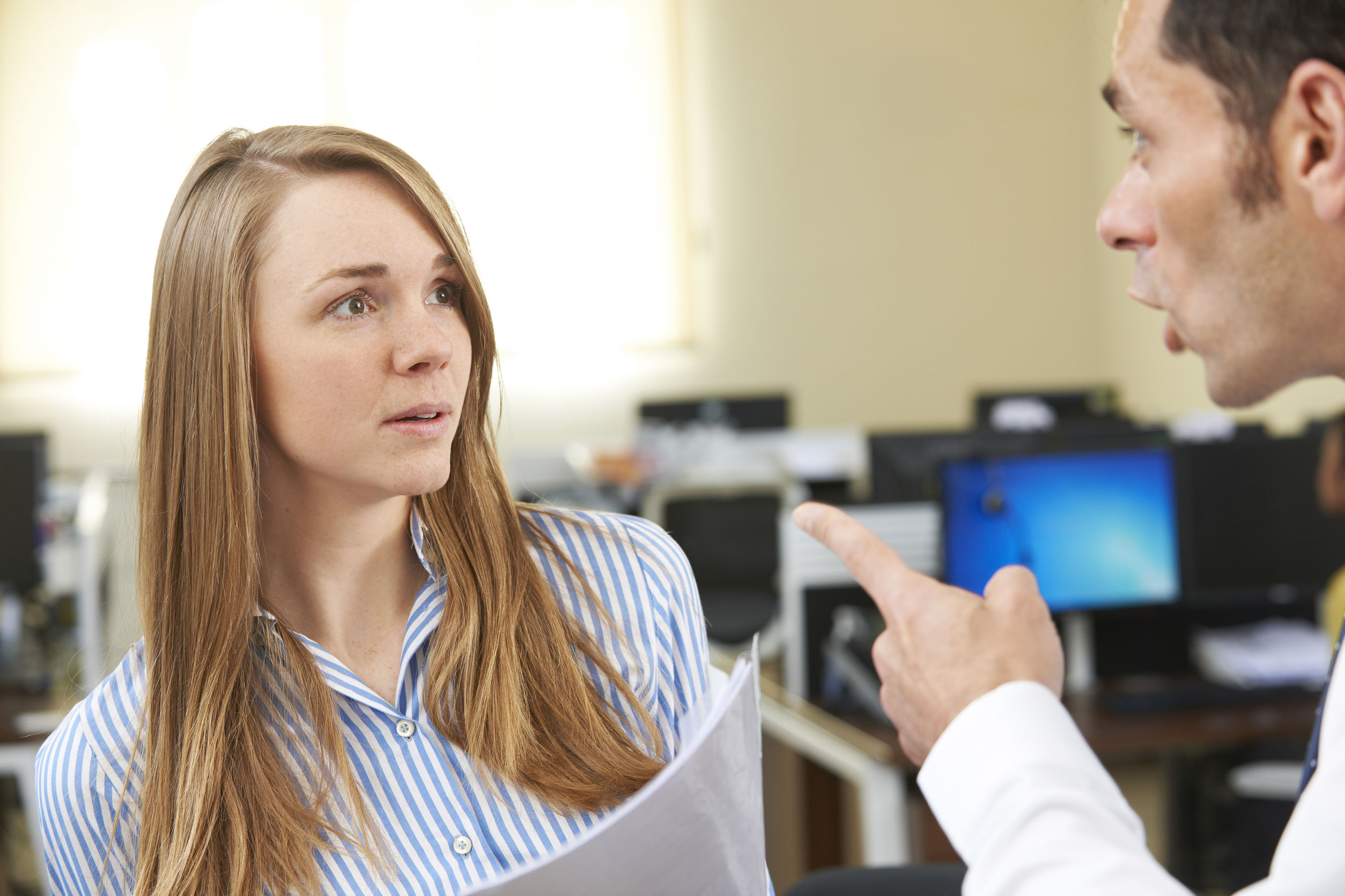 What are the signs of bullying in the workplace?