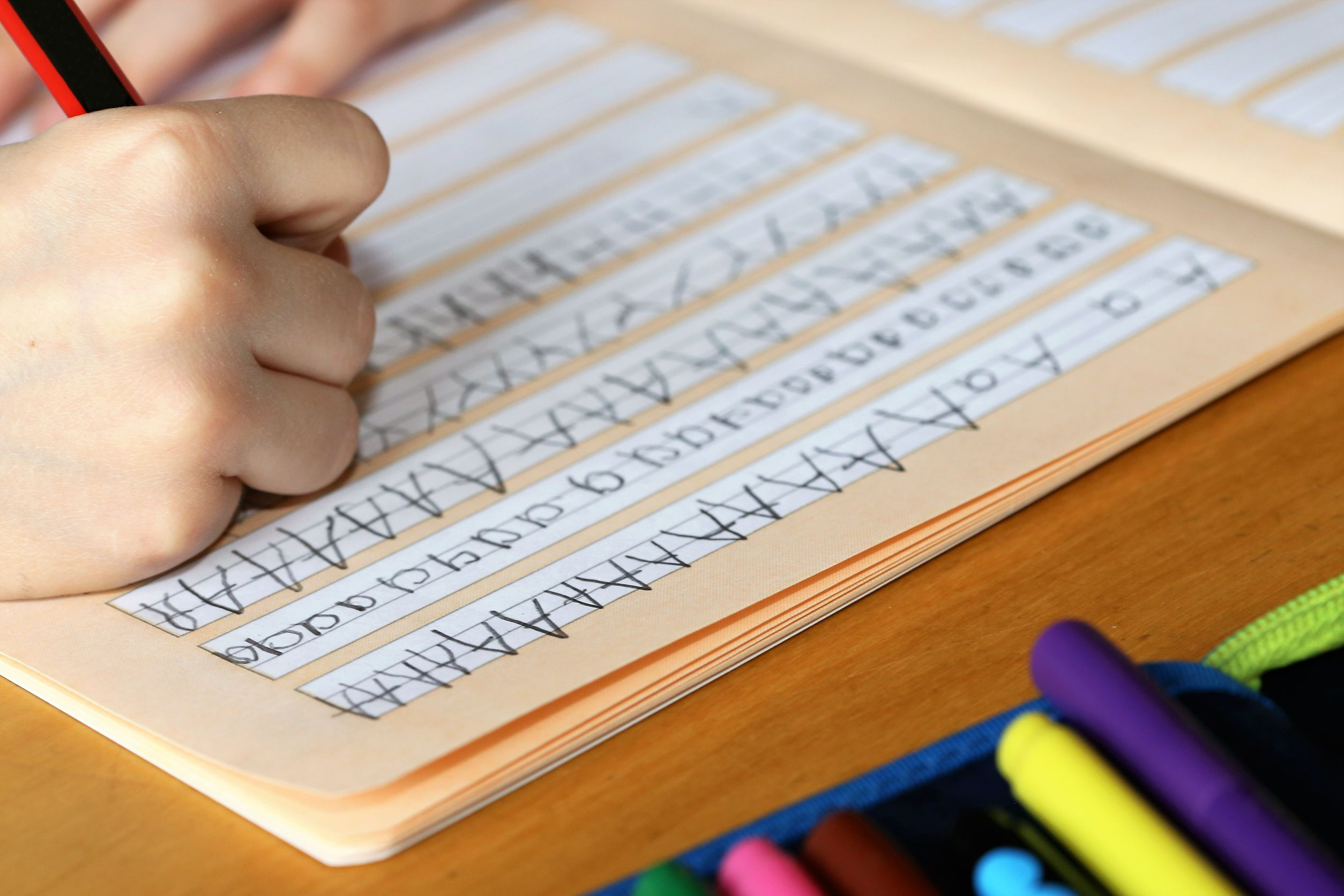 What Are The Signs Of Dyslexia