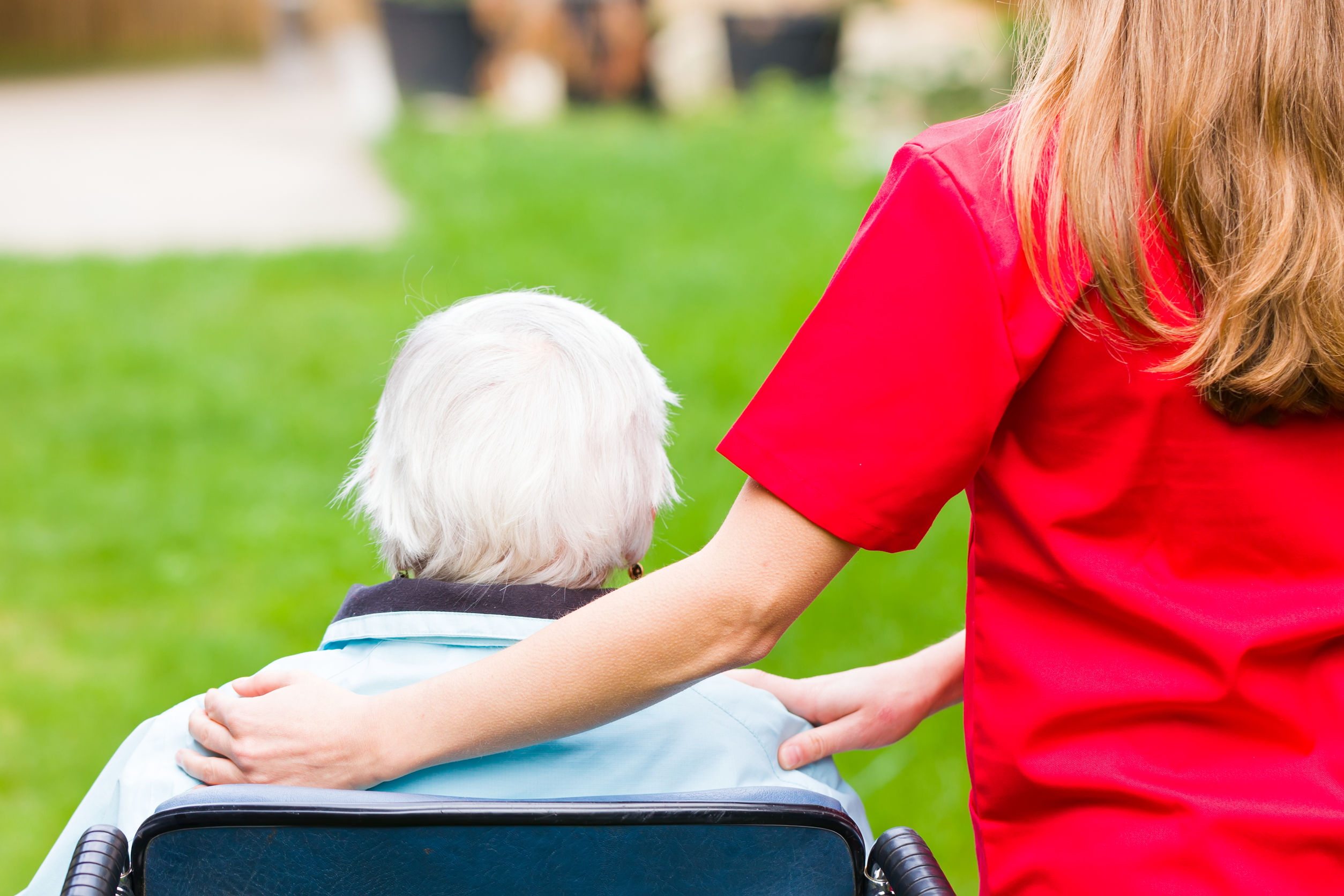 A Guide to Volunteering in a Care Home