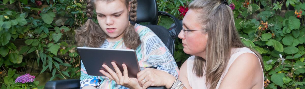 Effective communication towards a girl with a disability